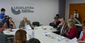 """""""No aceptamos un manejo UNIPERSONAL e INCONSULTO de la comisión"""""""